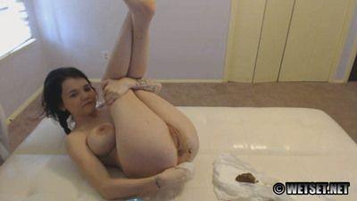 35134 - Dirty Little diaper Girl