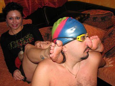 37544 - Inhalation of Foot Odors