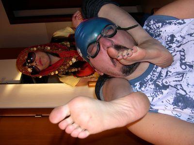 37649 - Amphora's Smelly Feet