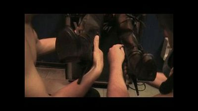 37743 - Stinky Boots and Smelly Nylon Feet