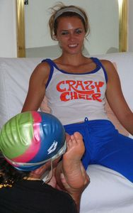 40796 - The Fitness Instructor has Smelly Feet