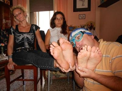 42226 - Stinky Feet Contest 2 The Rematch
