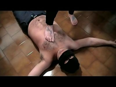 86617 - Muscle Girl Dominates Her Pathetic Fat Slave