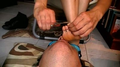 94106 - Alessia's Self Pedicure (mp4)