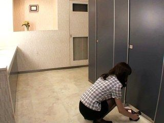60394 - Bored at the office turn into messy POOP & lesbian encounter! HD Part 1 movie