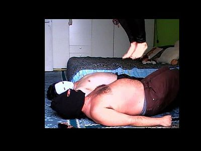 40795 - Extreme Belly Punishment Contest