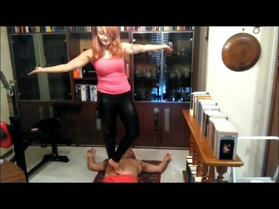 78281 - Doing Yoga Training On Fakir's Stomach