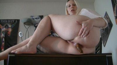 63245 - Sexy Candy-thats a big shitting