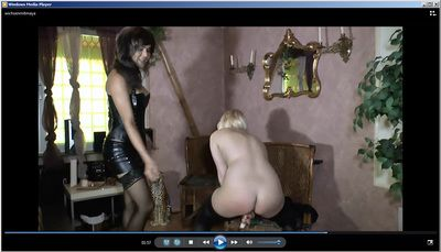 40286 - Horny girl with trans girl