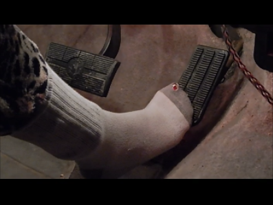 41250 - Pedal pumping within socks
