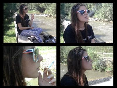 44179 - Smoking In The Heart Of The Nature
