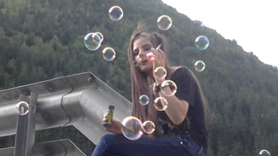 45835 - Smoke Bubbles