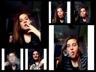 45852 - Circles Of Cigarette Smoke