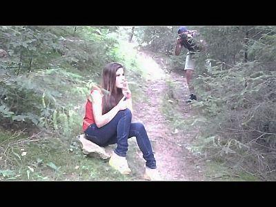 41657 - Breaking Paparazzo's Videocamera
