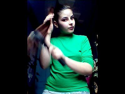 44662 - Braiding & Brushing My Hair Part 1