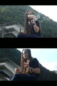 54258 - Smoking Bubble Girl