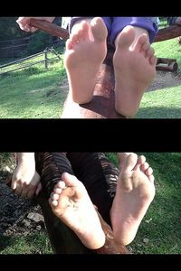 54790 - Barefeet On The Seesaw With Mom