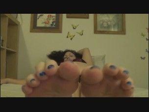 41982 - Giantess Elaina Shrunken Man Foot Worship GFsm POV