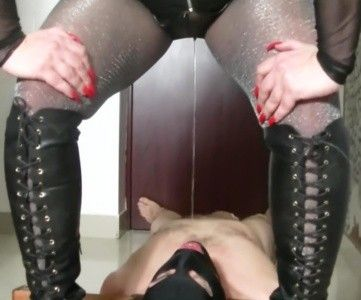 102511 - Goddess Andreea is back-toilet humiliation part 1