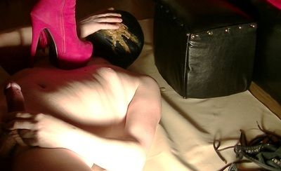 58794 - Liquid diarrhea in mistress dungeon
