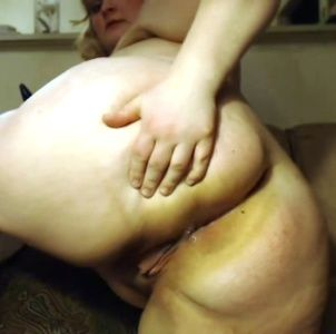 83835 - BBWSadie dilated her asshole for first time