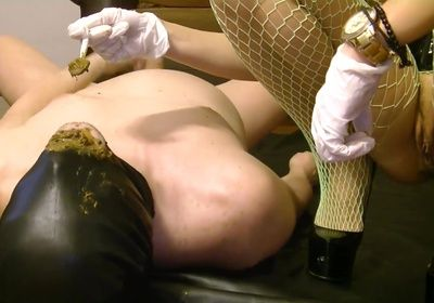 88610 - Silicone Goddess back with hard scat feeding