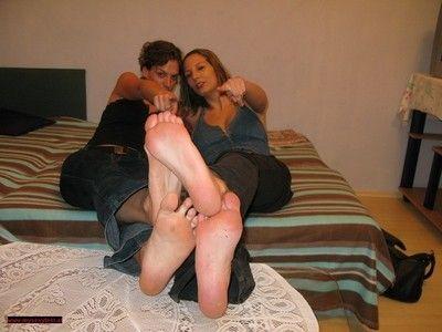 106779 - Barefoot Feet Play 11