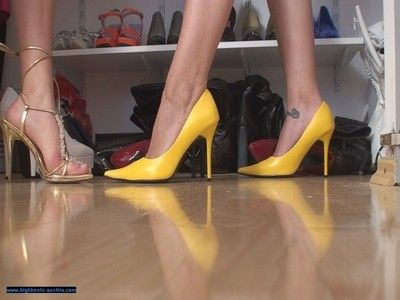 106877 - Shoe Play 10