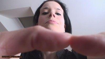 107129 - Hand Choke 64