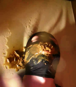 58853 - NEW ! Ballbusting before toilet play