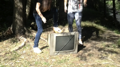 57173 - An Extreme Fight With The Old Television