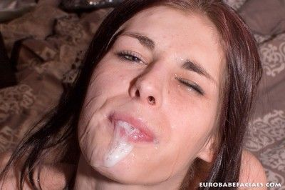 60510 - Dutch Mandy Slim sucking off a fat cock