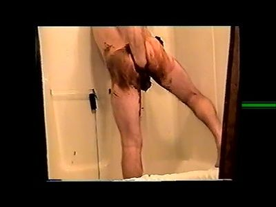 59853 - 3 Bath Scenes With Dildos and PooP
