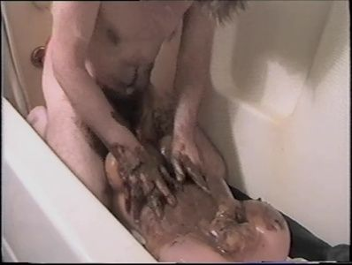 65582 - Shitty Ass Fucking in the Bath with Dina Doll