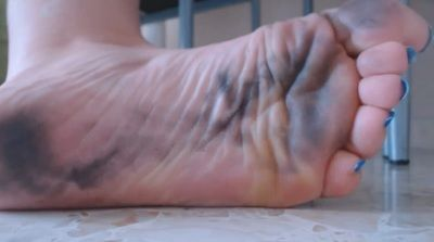 64226 - CLEAN TO DIRTY FEET PUNISHEMENT-