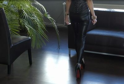 63193 - Lady jasmin Black walking in black heels