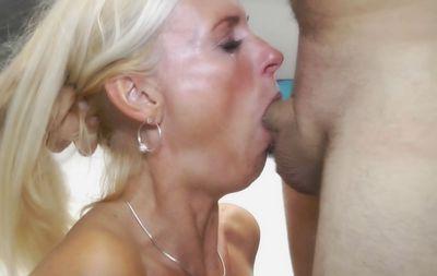 63928 - Deep Throat EXTREME!