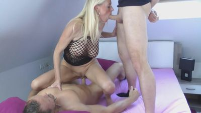 71216 - Two young Cocks for my MILF Pussy