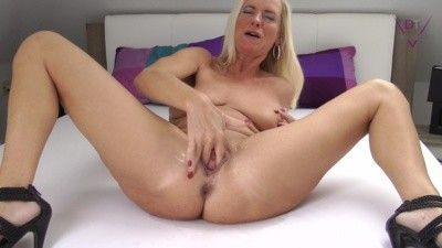93539 - Fingered to squirt