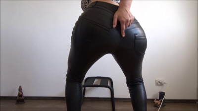 116284 - Mistress Roberta - Worship my high heels and leather pants while farting pov