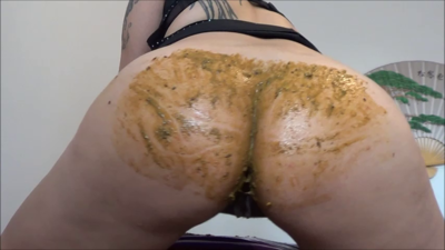 119772 - Mistress Roberta - Lick the shit off my bouncing cheeks pov