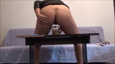 121061 - Mistress Roberta - Full jar breakfast pov