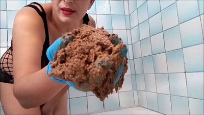 130723 - Mistress Roberta - Leftover big creamy shit pov