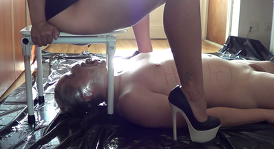 66532 - Mistress Roberta - Toilet training and humiliation