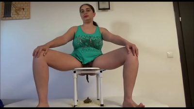 76990 - Mistress Roberta – 3 days of toilet diary from upper view-pov