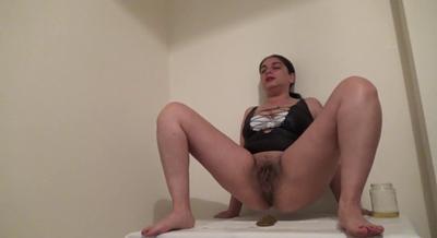 78357 - Mistress Roberta - Smelly big trail of shit