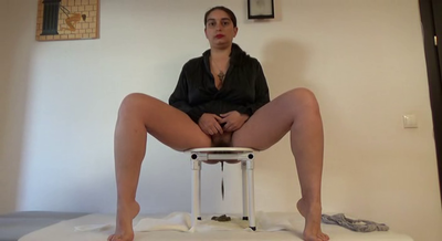 78722 - Mistress Roberta - Potty chair morning-pov