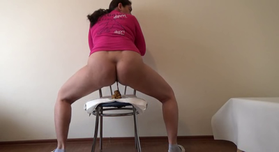 78833 - Mistress Roberta - New chair to poop on-pov