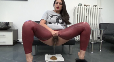81421 - Mistress Roberta - Huge diarrhea portin in pee lake-pov