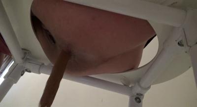 81815 - Mistress Roberta -Huge shit and double pee -pov